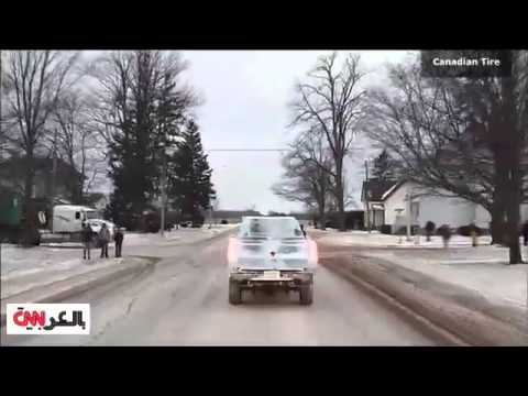 شاحنة مصنوعة من الثلج!