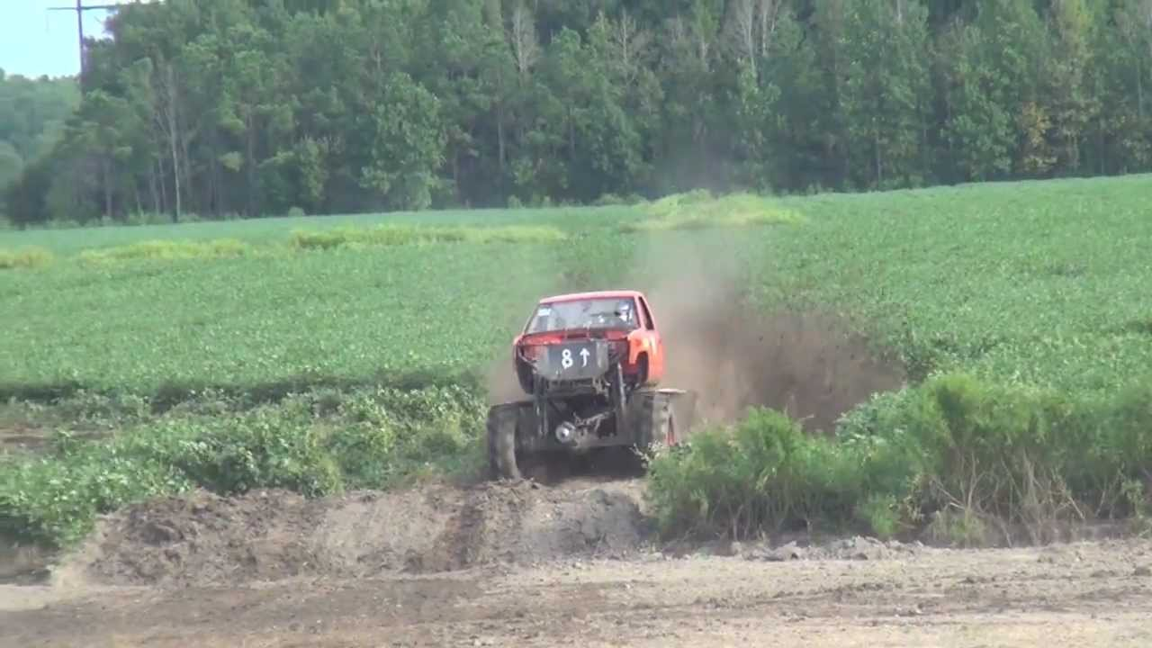 8 UP MUD TRUCK ON TRACTOR TIRES AT DAMMP! - YouTube