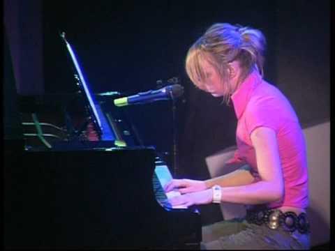 23 Anna Ursem - Lost