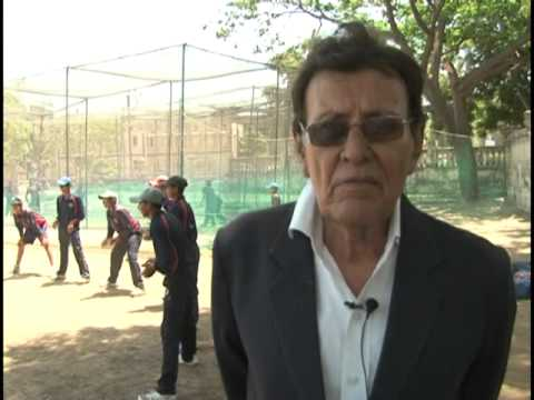 Veteran Cricketer Salim Durani talks about Voting (Gujarat)