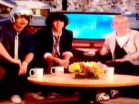 The Jonas Brothers on Ellen 1/21/08 [interview and song]