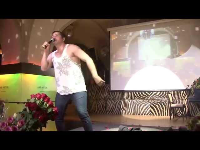Разрыв Виктории Бони и Степана Менщикова откровенное видео виктории бони и степана