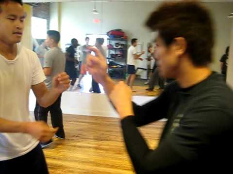 Philip Ng (伍允龍) - Ving Tsun (Wing Chun) chi-sau sparring (gor sau) Nov. 28 2009 part 1 of 3 Image 1