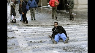 PEOPLE SLIPPING ON ICE COMPILATION!