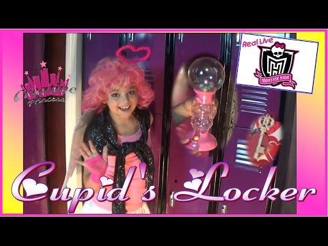 Real Live Monster High   Cupid's Locker - Creative Princess