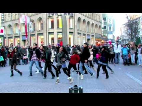 BOLLYWOOD FLASHMOB KÖLN - Why This Kolaveri Di (G-One Mix).mov