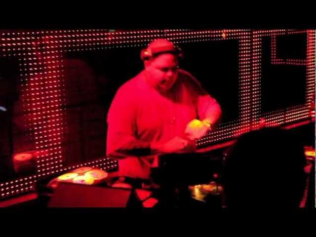 MLB THRILL AT HARRY KLEIN W/ DJ SNEAK