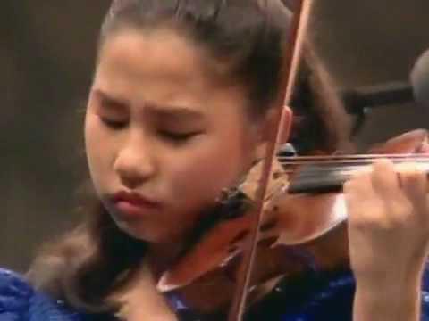 Paganini violin concerto 12 years old