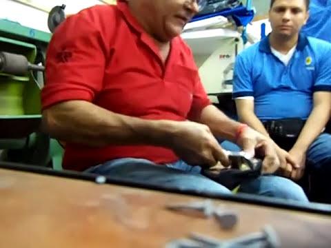 02-M-montar calzado en forma manual