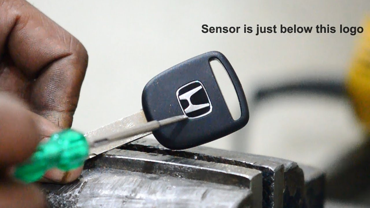 Extract Sensor from Honda Key - YouTube