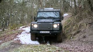 Land Rover Defender 110 snow (51) 26/03/13