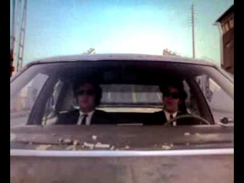 The Blues Brothers - the bluesmobile