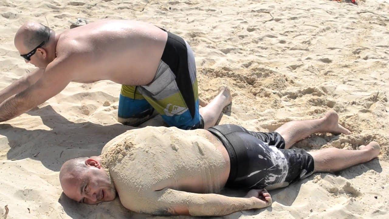 Фото пьяная на пляже 10 фотография