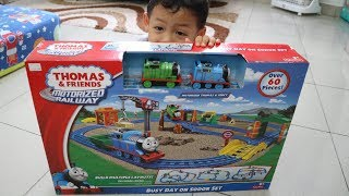 Unboxing Thomas and Friends Motorized Railway Busy day on Sodor Set