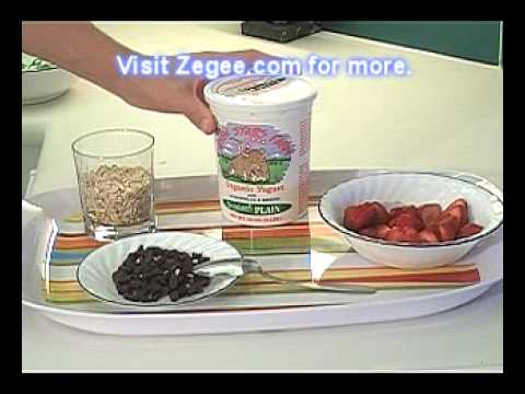 Zegee.com - Delicious breakfast with probiotic yogurt.