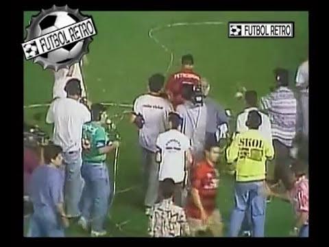 Escandalos en el futbol Flamengo vs Velez 1995 Zandona vs Edmundo FUTBOL RETRO
