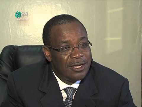 Kidero Sacks Officials