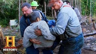 Ax Men: Craig Rygaard is Seriously Injured (S8, E16) | History