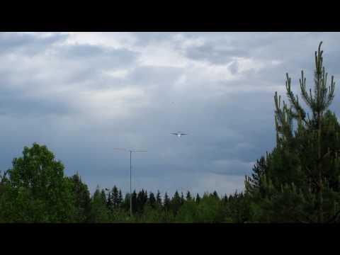 Finncomm Airlines ATR landing to Tikkakoski.
