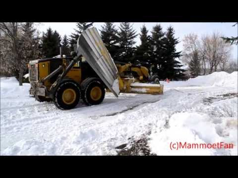 Caterpillar 160m snow removal