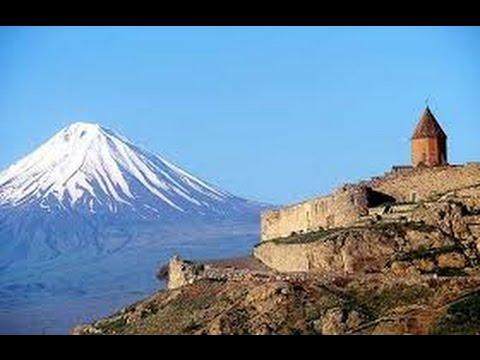 Армения. Гора Арарат. Монастырь Хор Вирап.