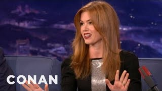 Download Lagu Isla Fisher Is Embarrassed To Go Out With Sacha Baron Cohen  - CONAN on TBS Gratis Mp3 Pedia