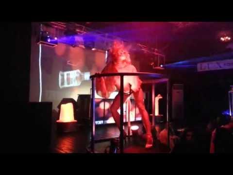 go-go dance freestyle/ hard rock sofa/ воздух