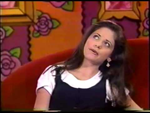 Sarah Michelle Gellar Interview on Pure Soap - 1994 Video