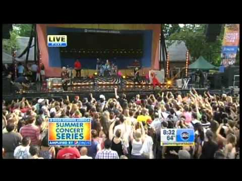 No Doubt - Settle Down Live  Good Morning America July 27 2012 video