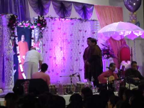 Anup Jalota - Sri Sathya Sai Baba ji ki aarti 23rd November...