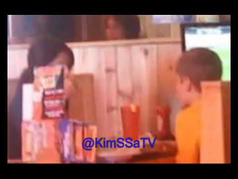 Justin Bieber & Selena Gomez together at a restaurant in Costa Mesa (Pictures)