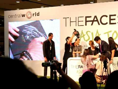 11.08.24 Kim Hyunjoong TFS Asia Tour in Bangkok @ Central World 3/3