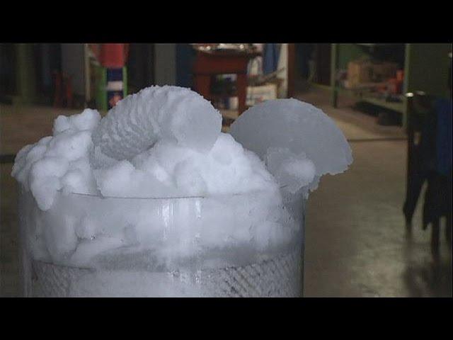 Machine à neige économique - hi-tech