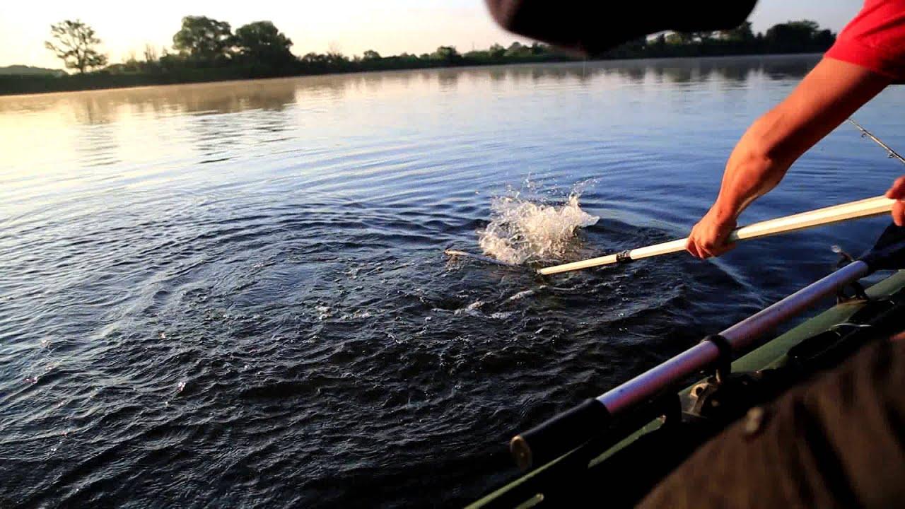 Фото блондинка на рыбалке 5 фотография