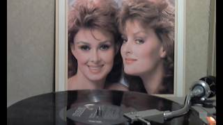 Watch Judds Old Pictures video