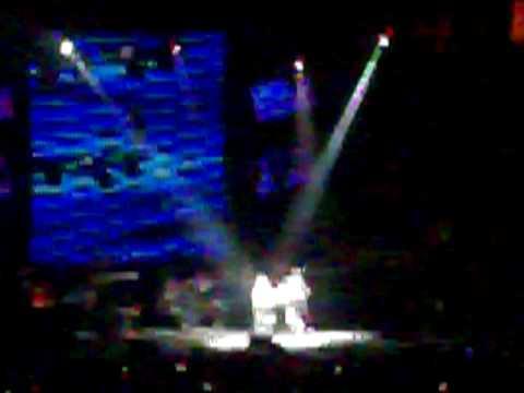 Justin bieber sing cry me a river/u got it bad at pop-con #1