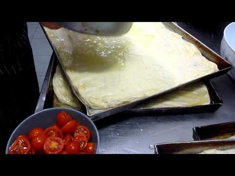 Come fare la Focaccia – Pizza Genovese : Ricette Dolci e cucina