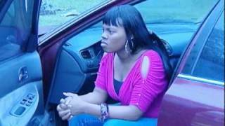 """Father dropping off his daughter w/ typical difficulty from """"Baby Momma"""""""