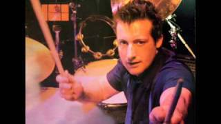 Tre Cool - Food Around The Corner