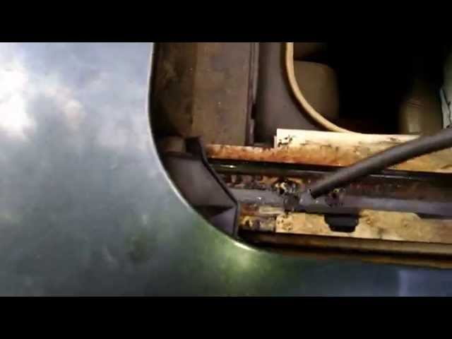 Easy way to clean sunroof drains - YouTube