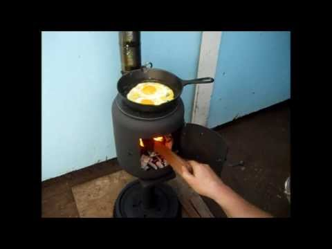 Cooking Eggs On The Little Potbelly Stove Youtube