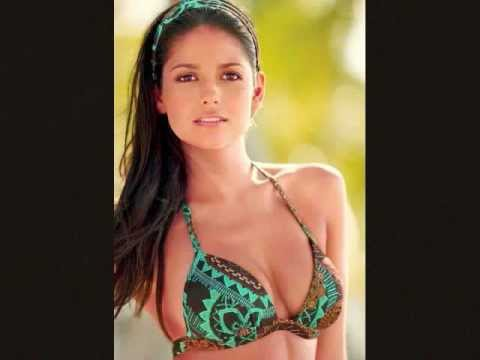 20 BEAUTIFUL LATIN AMERICAN WOMEN (CALIENTE)