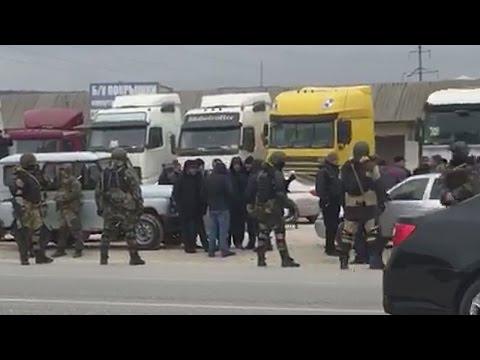Силовики не выпускают дагестанских дальнобойщиков на трассу