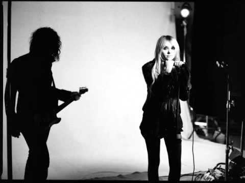 The Pretty Reckless - He Loves You (Studio Version)