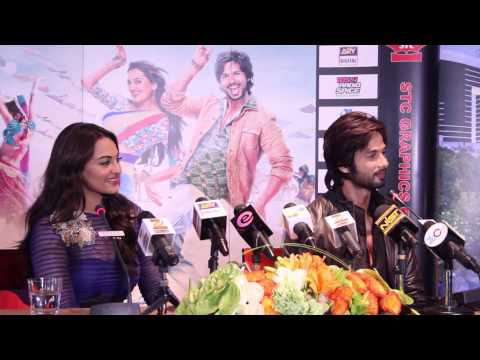 'R...RAJKUMAR' promotions in Dubai - Shahid Kapoor and Sonakshi Sinha