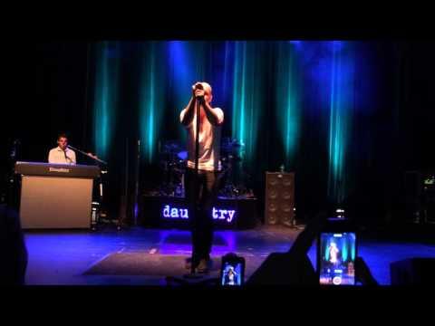 Daughtry - Broken Arrows (live)