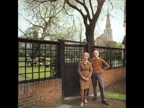 Sandy Denny - Dear Landlord