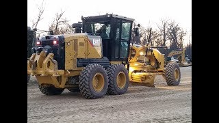 Cat Cab Options Bring Choice of Joystick or Traditional Motor Grader Controls