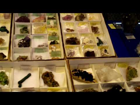 Colburn Earth Science Museum Gem and Mineral Exhibit 15.MOV