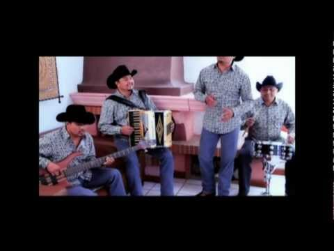 Vagon Chicano - Desnudo y Herido (Video Oficial)
